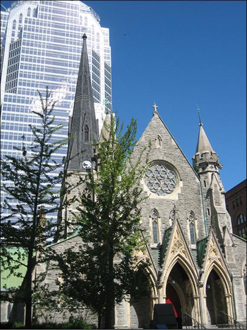 Histoire la cath drale christ church for Centre commercial grand tour sainte eulalie